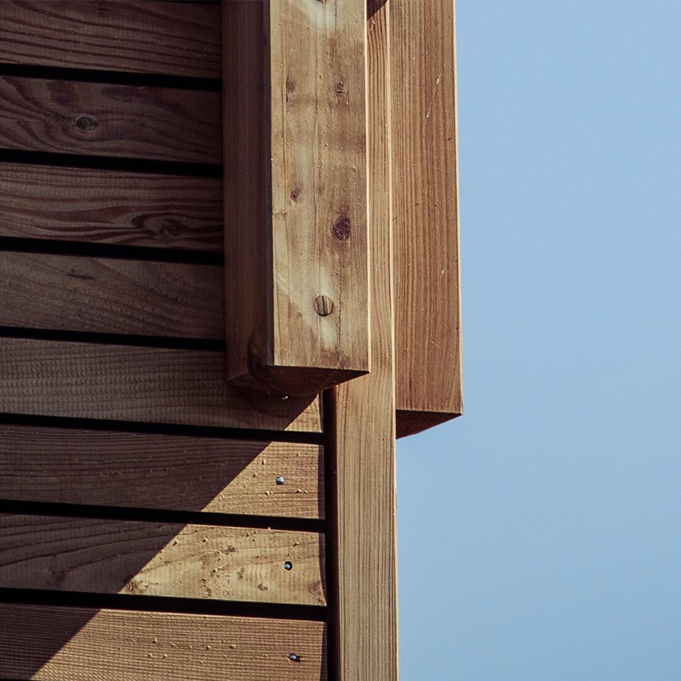 f r baufamilien 81f nf high tech holzbau ag. Black Bedroom Furniture Sets. Home Design Ideas